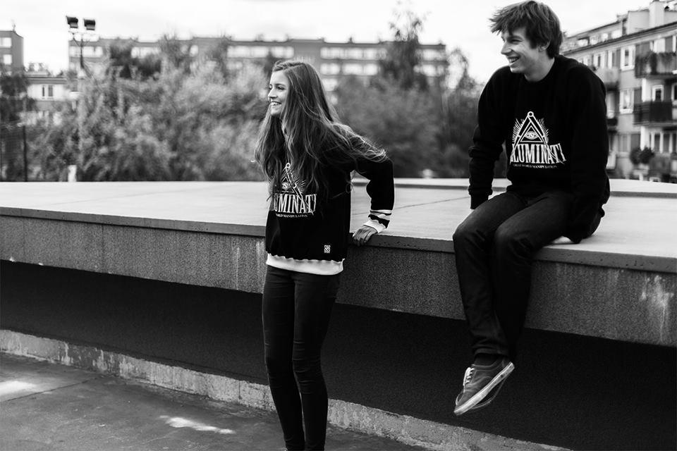 http://hi-everybody.com/shop/pl/ fot. Magdalena Kozicka, Modelka: Edyta, Partisan Models — z: Aleksander Zabłocki