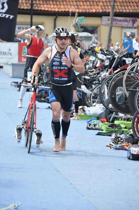 Paweł Boniecki na zawodach Triathlonowych.