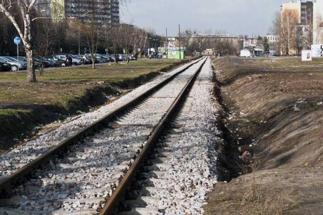 Fragment linii kolejowej 512 na wysokości ul. Plantowej Źródło: wiadomości.wpr24.pl
